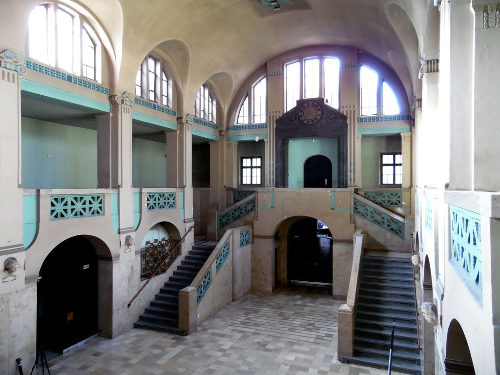 Die Eingangshalle von Volksbad Nürnberg.