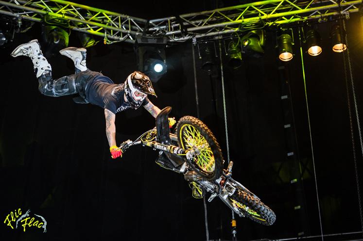 Flic Flac Mad Flying Bikes
