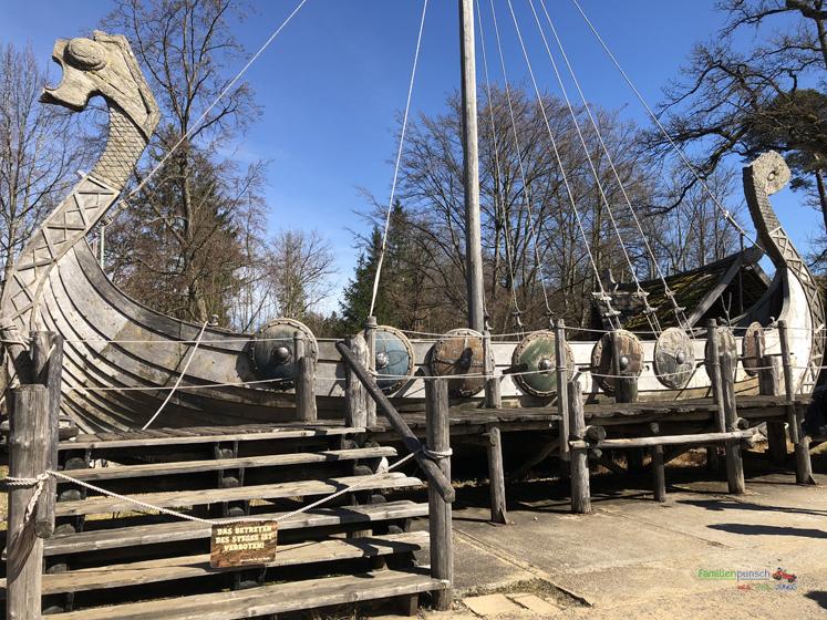 Bavaria Filmstadt Original Schiff aus dem Film Wickie