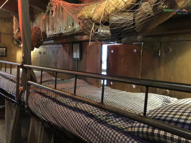 Bavaria Filmstadt Schlafplatz im U-Boot