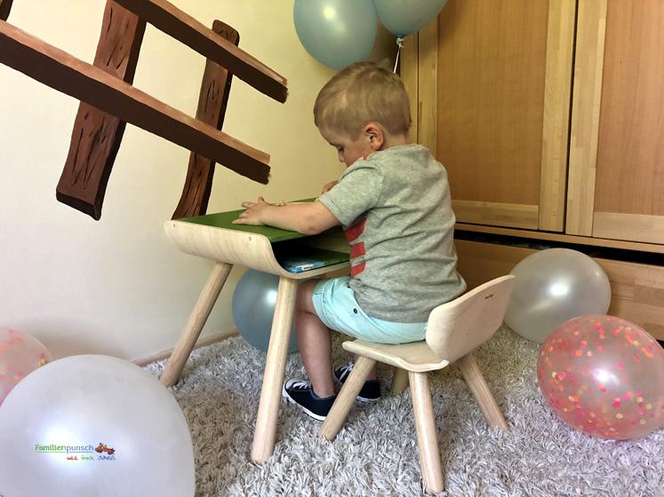 Kindertisch- und Kinderstuhlset PlanToys - Spielen