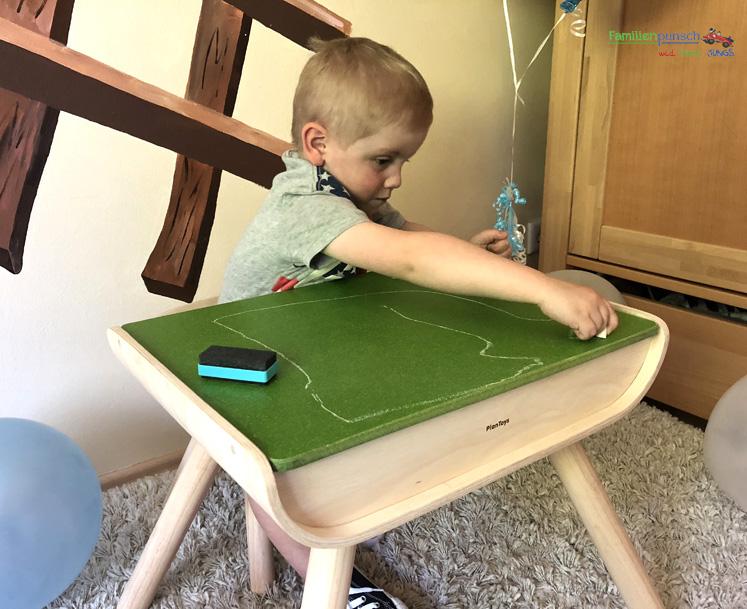 Kindertisch- und Kinderstuhlset PlanToys - Tafelbeschichtung