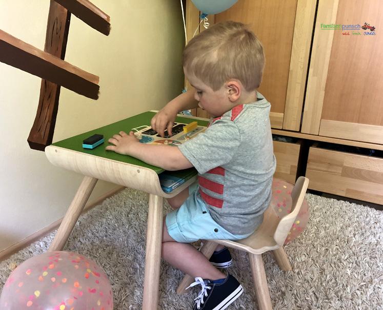 PlanToys Kindertisch- und Kinderstuhlset - perfekt zum Spielen