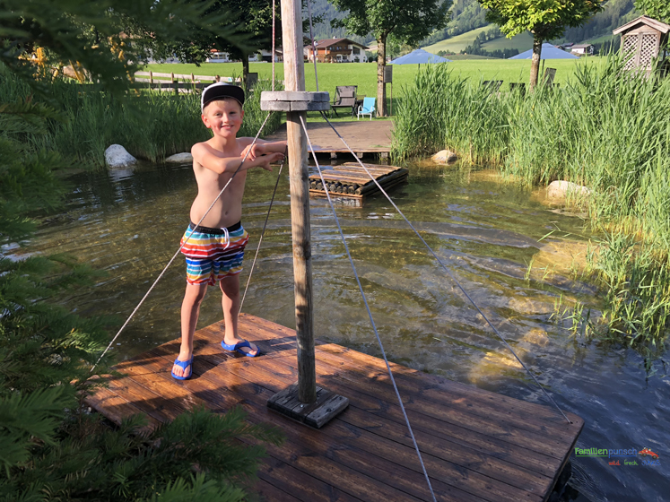 Familienparadies Sporthotel Achensee - Floss