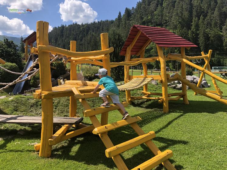 Familienparadies Sporthotel Achensee - Klettergerüst