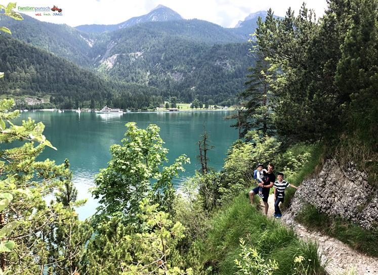 Familienparadies Sporthotel Achensee - Wanderung zur Geisalm