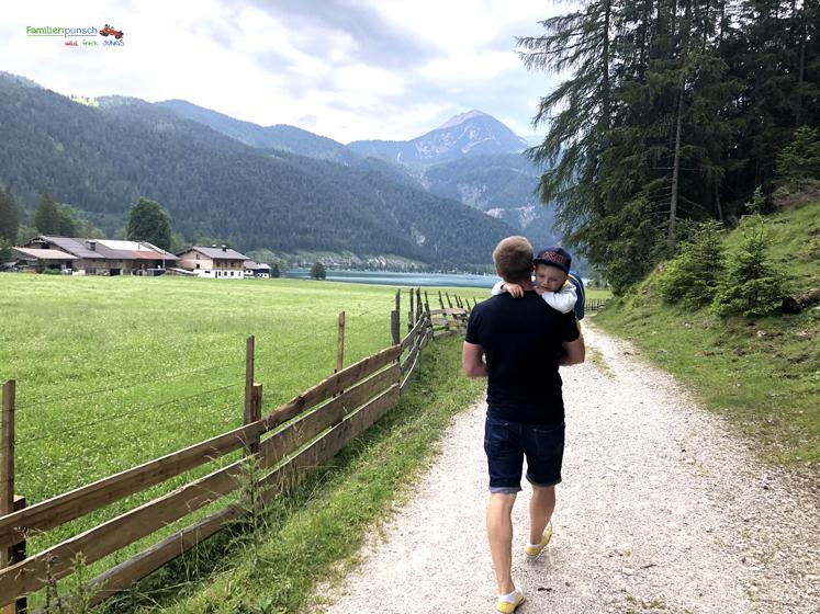 Familienparadies Sporthotel Achensee - Wanderung