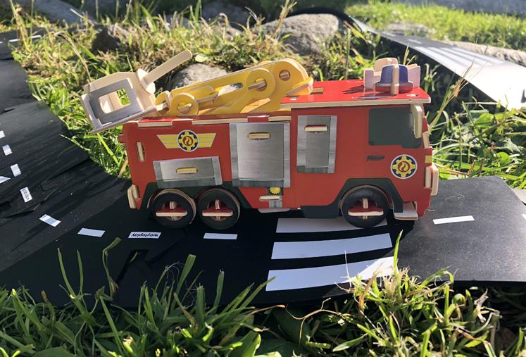 3D Puzzle – Feuerwehr Sam von der Seite