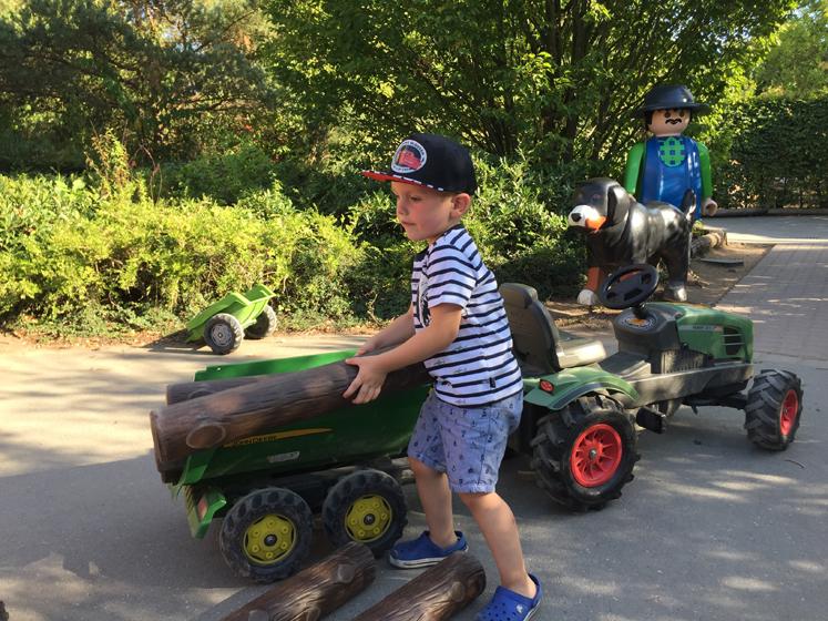 PLAYMOBIL FunPark Traktor Spaß