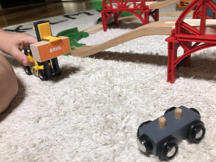 Das Große Lagerhaus BRIO - Spapler mit Frachtgut