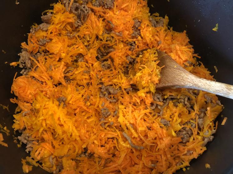 Kürbis-Lasagne - Gemüse anbraten