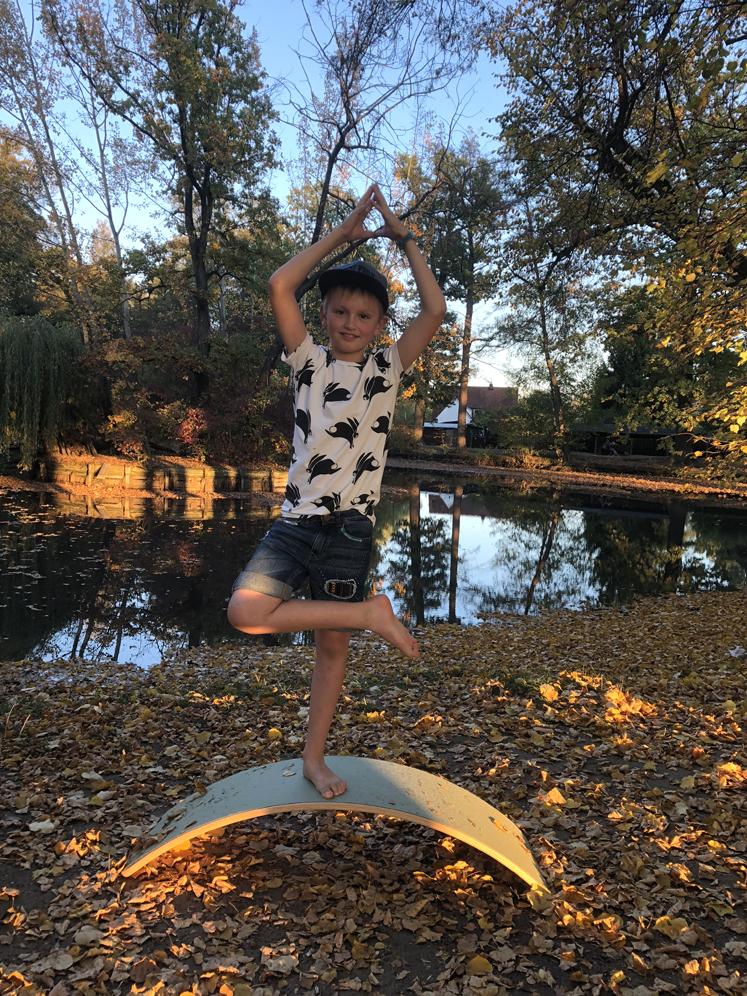 Wobbel Board - stärkt Körpergefühl