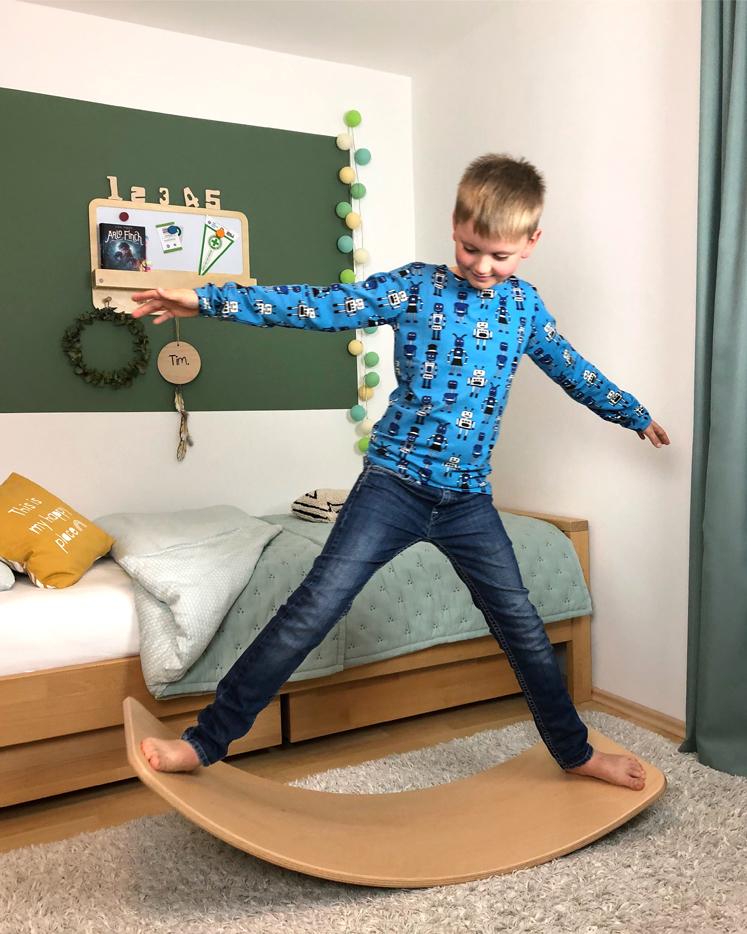 Wobbel Board - stärkt spielerisch das Körpergefühl