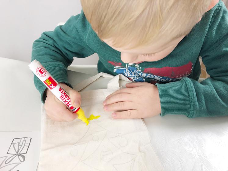 Geschenkverpackungen - Marabu Textilmarker